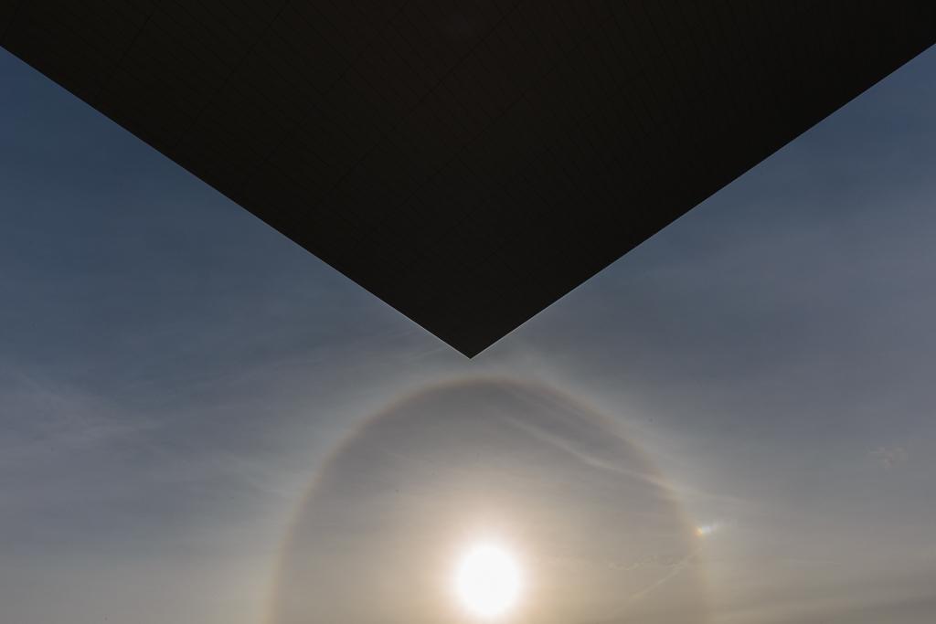 Halo solar y el techo de la Ópera