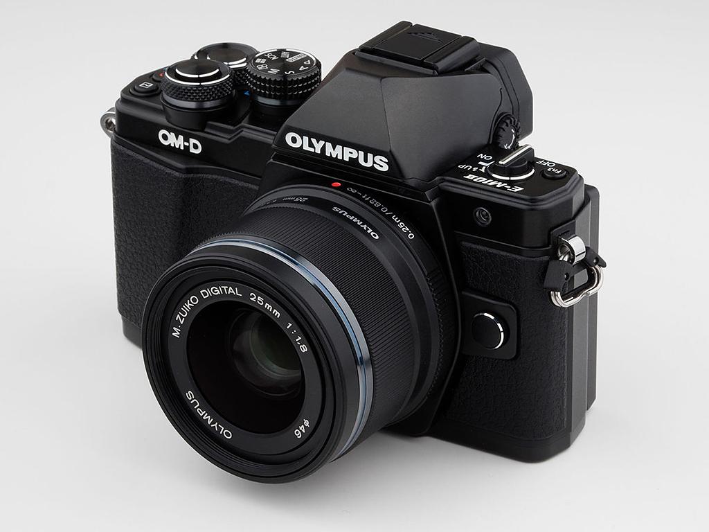 Olympus OMD EM-10 Mark II