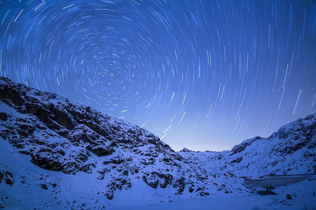 Fotografía nocturna realizada en Huesca con la circumpolar, cerca del refugio de Bachimaña - Circumpolar sobre los Pirineos - Sergio Arias Ramón