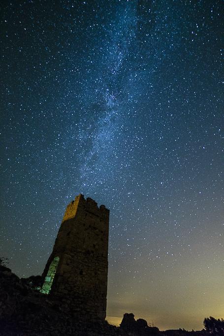 Torre de Pradas y la Vía Láctea - Sergio Arias Ramón