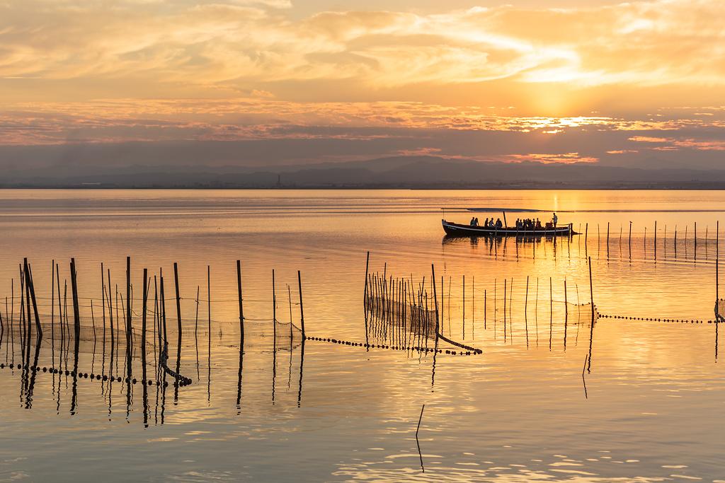 Cañas, barca y puesta de sol en la Albufera - Sergio Arias Ramón