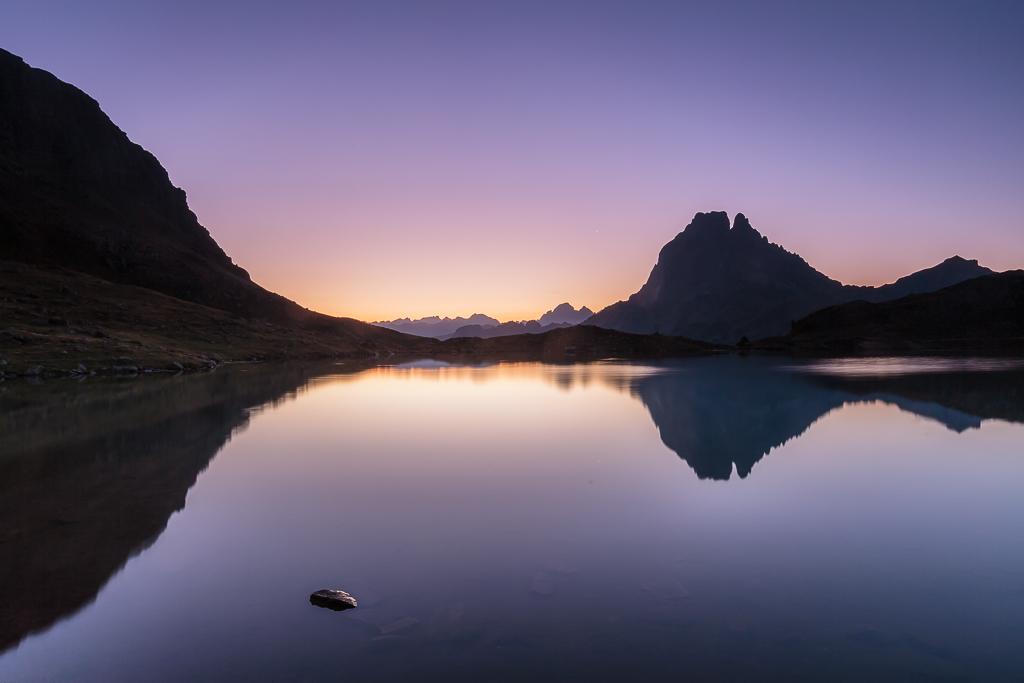 Pico Midi d´Ossau reflejado en el lago Gentau - Sergio Arias Ramón