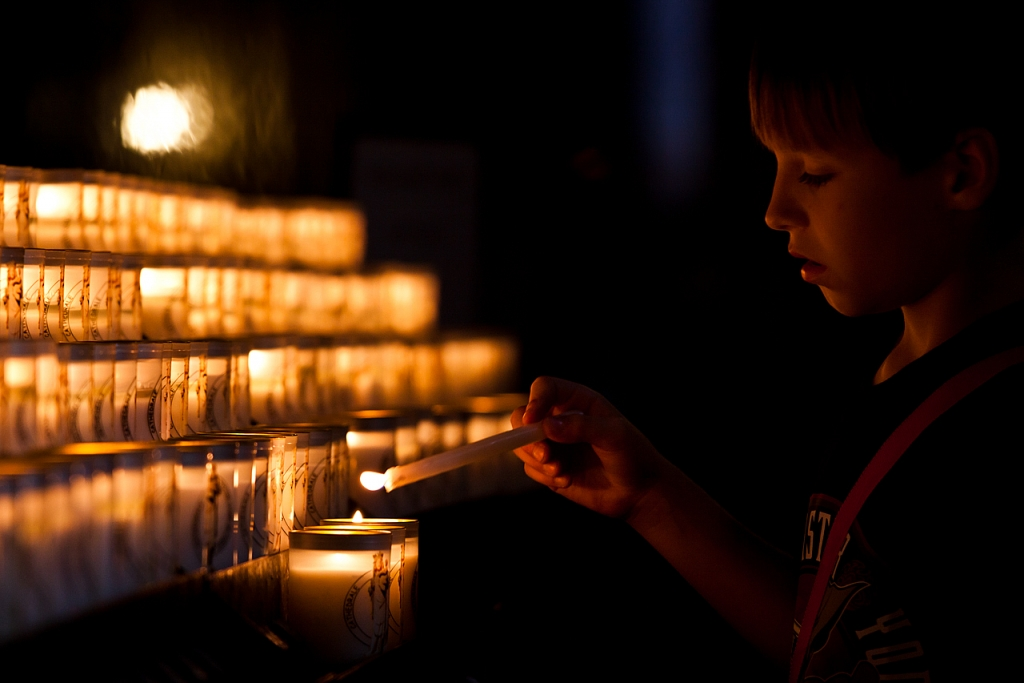 Pidiendo un deseo en Notre Dame - París - Sergio Arias Ramón