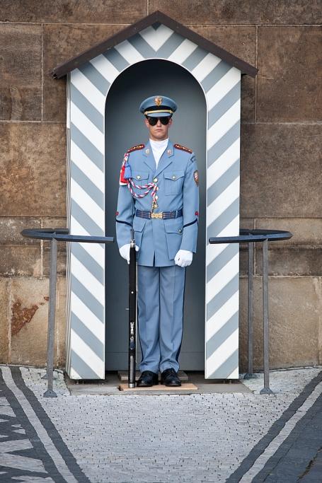 Soldado guardando la entrada del Castillo - Praga - Sergio Arias Ramón