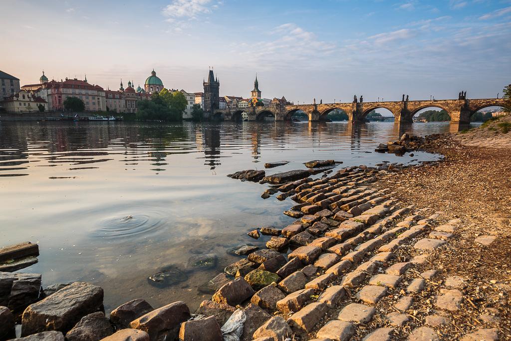 Río Moldava y Puente de Carlos - Praga - Sergio Arias Ramón