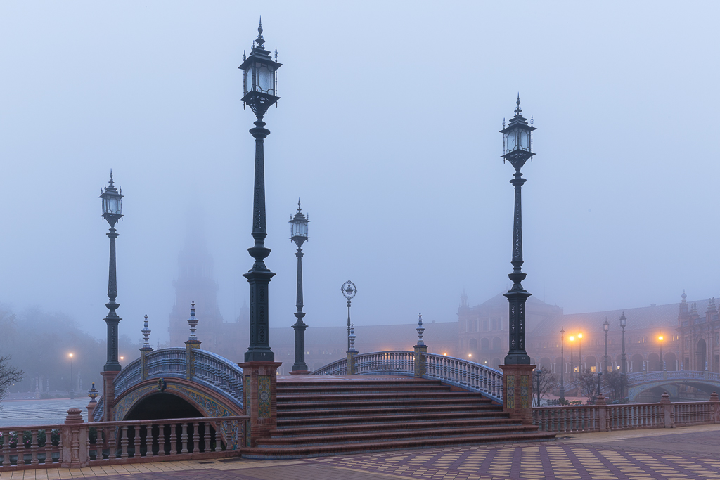 Plaza de España durante la niebla - Sergio Arias Ramón