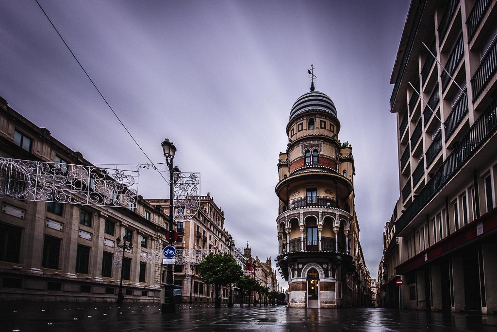 Edificio en la Avenida de la Constitución - Sergio Arias Ramón