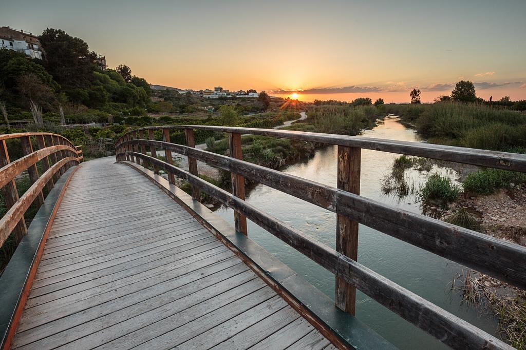 Puente de madera sobre el río Túria durante una puesta de sol - Ribarroja del Túria - Sergio Arias Ramón